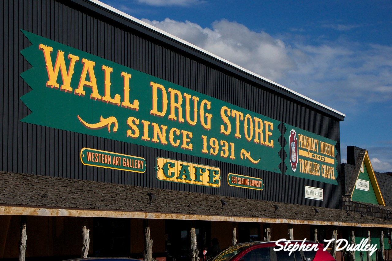Famous, Wall Drug Store near Badlands