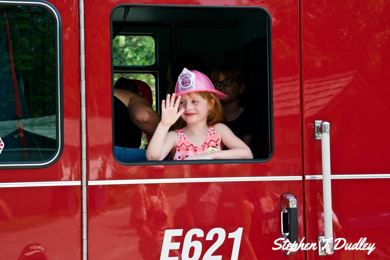 Bayview Daze Parade, Fire Dept girl 2017