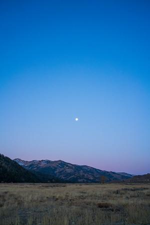 Moon at Dawn / Ketchum, Idaho