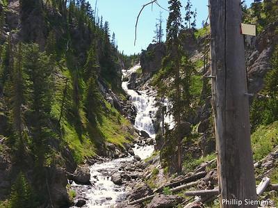 Yellowstone Mystic Falls