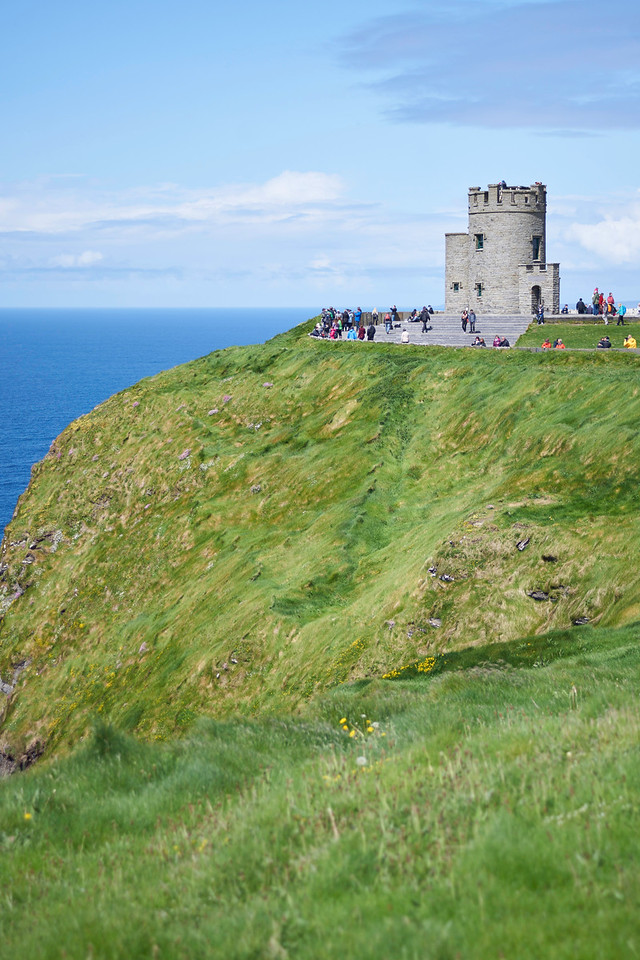 After a quick sandwich at the visitor's center, we headed up to St. Stephens Castle and walked a few miles north along the coast.