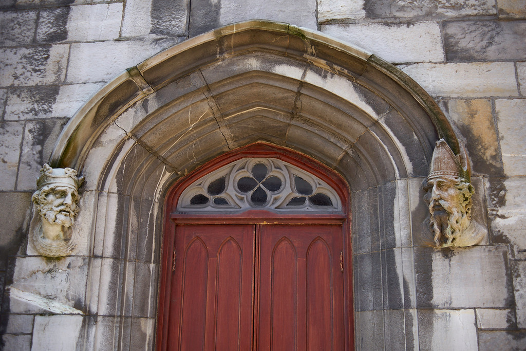 I liked the sculptures on either side of this door into the chapel adjacent to Dublin Castle.