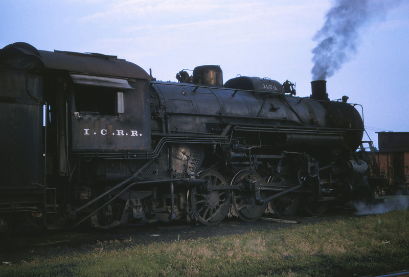 ICRR 75 - Jun 20 1958 - 2 8 2 no  1674 at Carbondale ILL