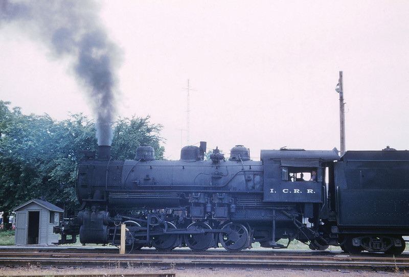 ICRR 69 - Jun 18 1958 - 0 8 0 no  3549 switching passenger depot at Carbondale ILL