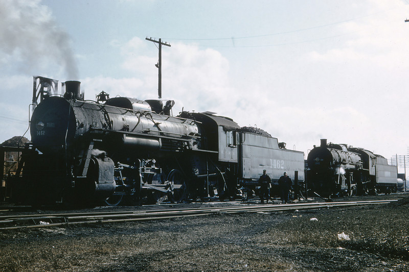ICRR 48 - Jan 29 1958 - 2 8 2 no  1462 & 2 8 2 no 1680 at Carbondale ILL