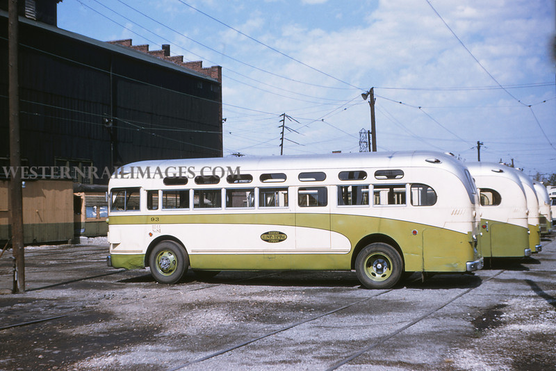 ITS 17 - Sep 19 1954 - GMC bus No 93 at Granite City ILL