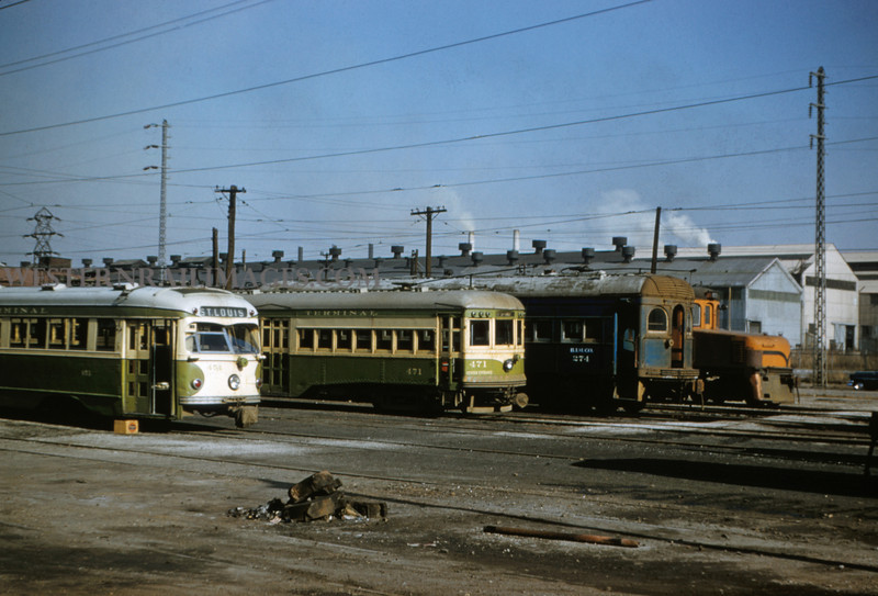 ITS 155 - Mar 9 1956 - Cars 451 471 & 274 in granite city ILL