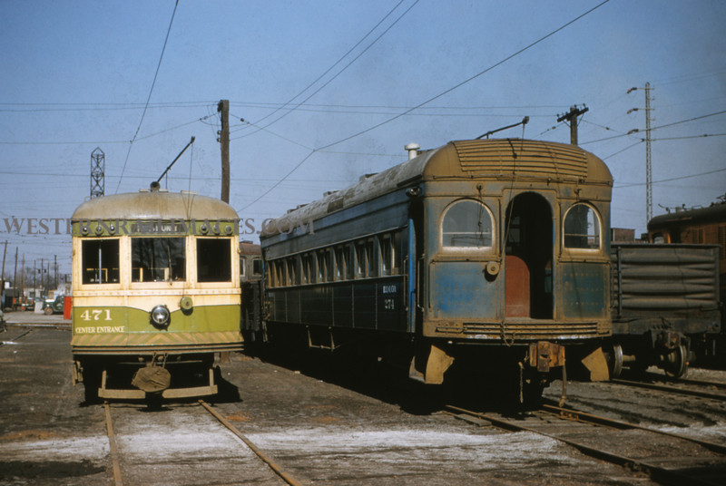 ITS 152 - Mar 9 1956 - cars 471 & 274 in 17th & Madison yards Granite City ILL