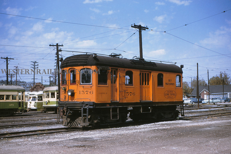 ITS 1 - Sep 19 1954 - Trolley Switcher 1576 in yards @ Granite City ILL