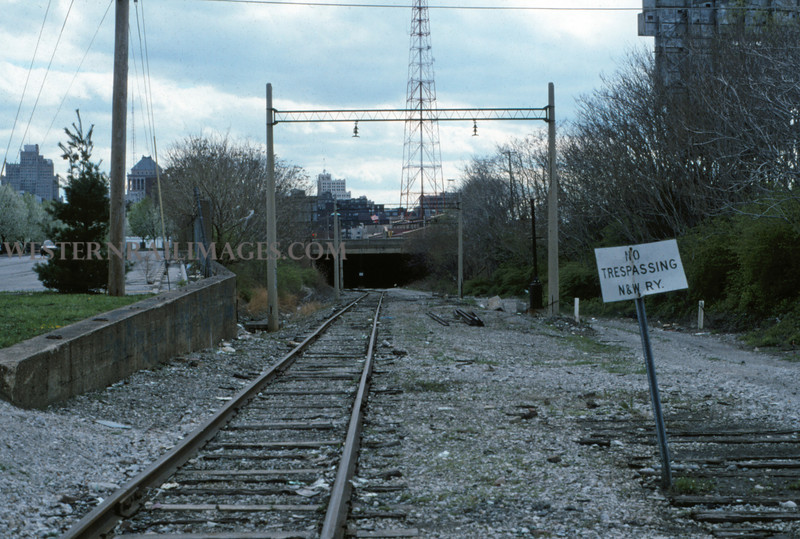 ITS 240 - Mar 28 1995 - S into 12th st subway St Louis MO