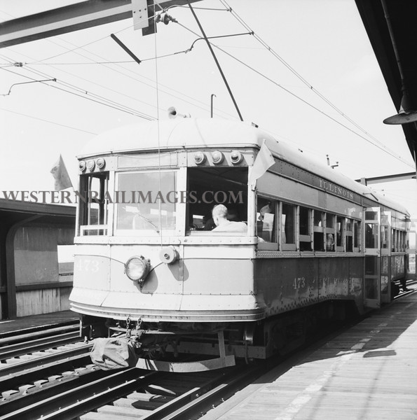 ITS 368 bw - June 21 1958 - Car 473 on Illini RR club special broadway station last day of ops - St Louis MO