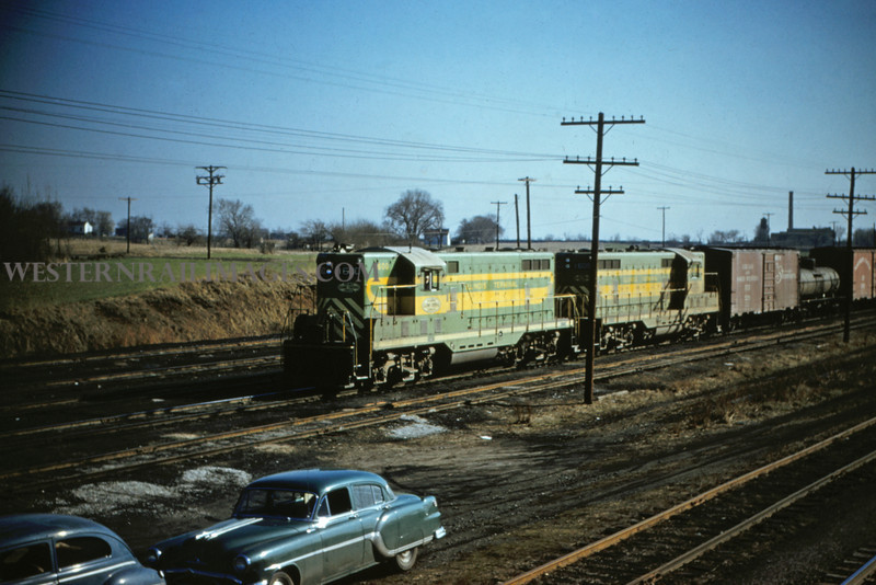 ITS 172 - Mar 20 1956 - GP-9s no 1600-1605 44 cars + caboose in Edwardsville ILL