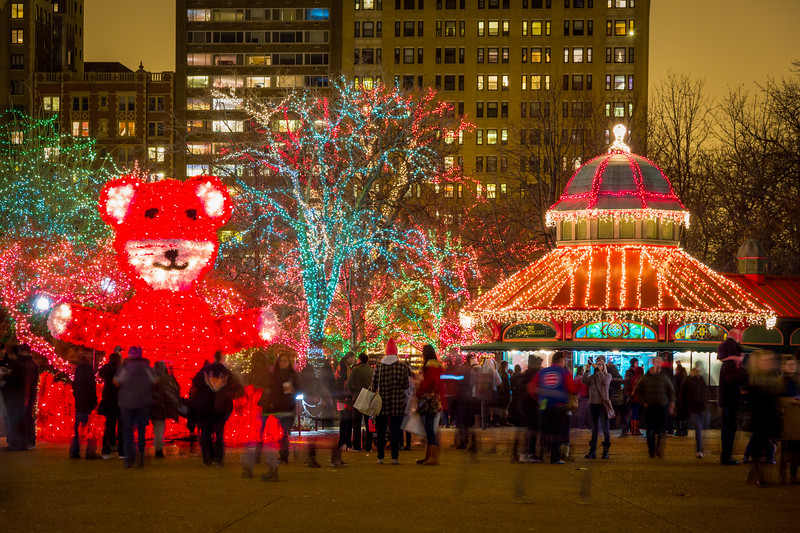Lincoln Park Zoo puts up a great display of lights during Christmas. This is a great place to take a stroll during this time of the year. Chicago, IL<br /> <br /> IL-121216-0124