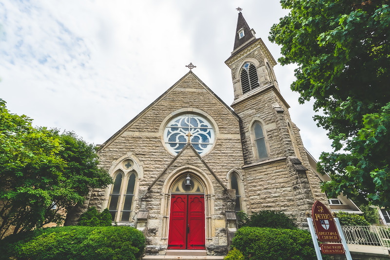 Saint Peter's Episcopal Church in Sycamore IL