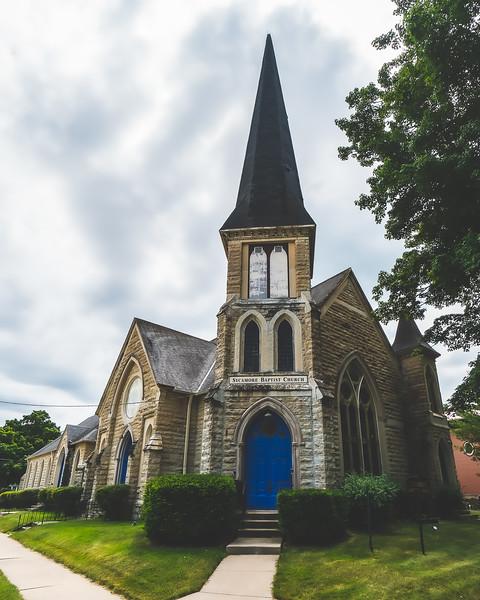 Sycamore Baptist Church in Sycamore Illinois