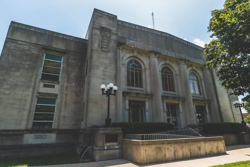 Grundy County Illinois Courthouse