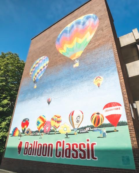 Balloon Classic Mural in Danville Illinois