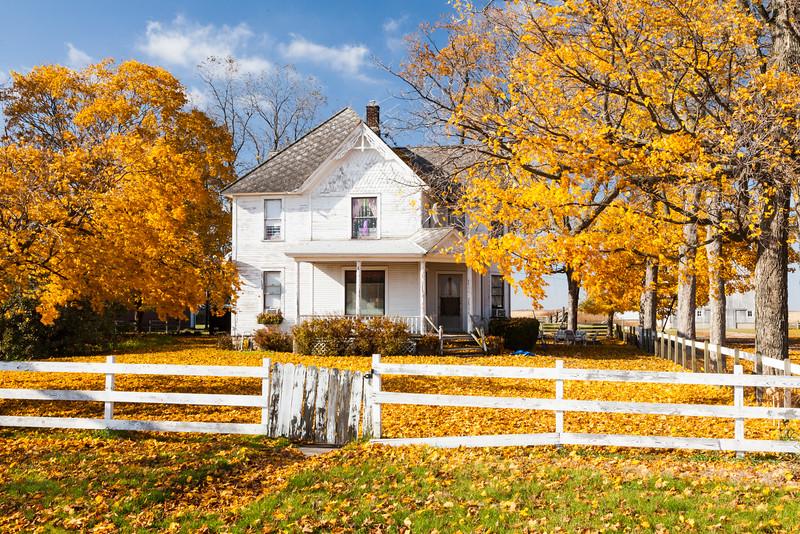 Farmhouse outside Newark, IL<br /> <br /> IL-091024-0093