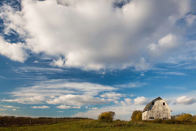 Clouds roll over a farm field in Kendall County on Autumn afternoon. Newark, IL<br /> <br /> IL-121020-0145