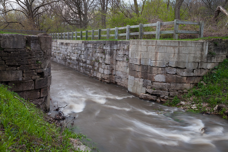 Recent rain increased the flow of water into Lock 12 of the I&M Canal. Ottawa, IL<br /> <br /> IL-110423-0105