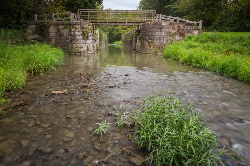 A steady stream of water flows through lock 12 in Ottawa, IL<br /> <br /> IL-150905-0185