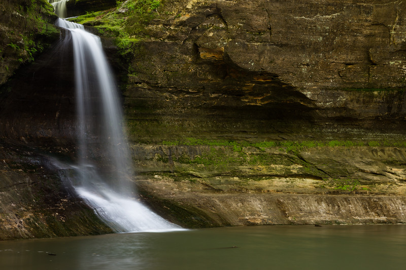 Separating the Upper and Lower Dells, Cascade Falls drops 45 feet. Lasalle County, IL<br /> <br /> IL-160522-0158