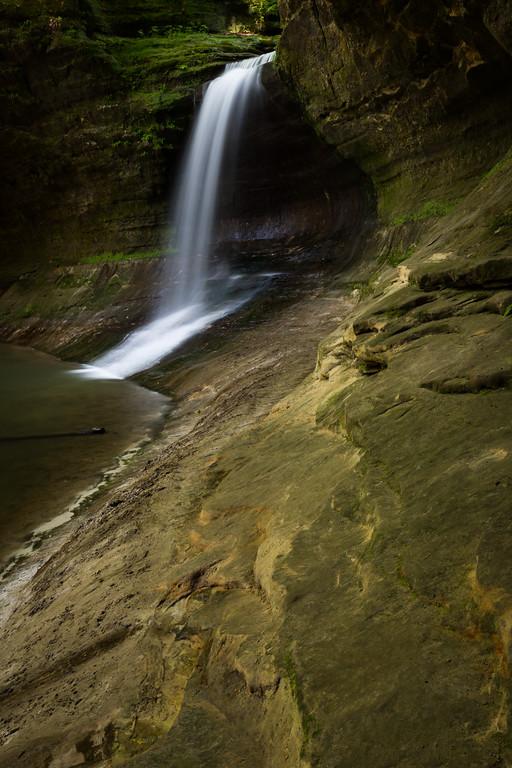 Separating the Upper and Lower Dells, Cascade Falls drops 45 feet. Lasalle County, IL<br /> <br /> IL-160522-0224