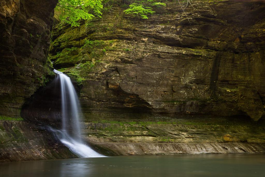 Separating the Upper and Lower Dells, Cascade Falls drops 45 feet. Lasalle County, IL<br /> <br /> IL-160522-0163