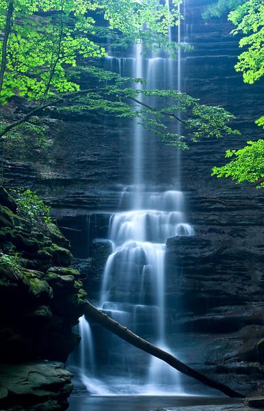 SR 044                    Lake Falls in the Dells Area of Matthiessen State Park, Utica, Illinois.