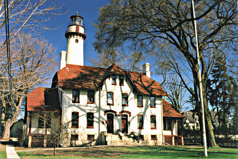 In March of 1871 Congress appropriated $35,000 for a Light Station to be built at Grosse Point in Evanston, Illinois.  Construction was supervised by the famous lighthouse architect and engineer O.M. Poe who drew up the designs for the station.  A plot of land 100x550 feet was purchased for $1,200 and work began on the station in September of 1872.