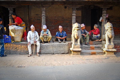 Notice the same hat on all of these guys.  Apparently different castes wore specific clothing to identify them by.  Today it's not as prevalent but clearly still exists