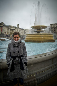 Bundled up in the cold --- outside the national gallery