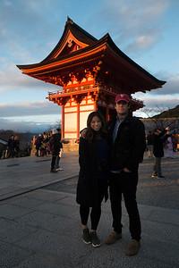 Sunset at the biggest temple - Kiyomizi dera