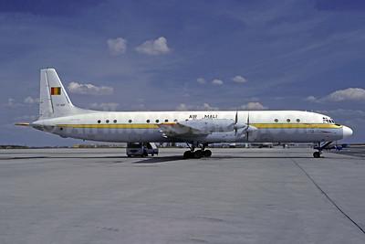 Air Mali (1st) Ilyushin Il-18D TZ-ADF (msn 10301) CDG (Christian Volpati). Image: 941501.