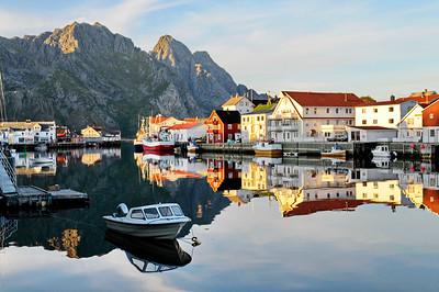 Fishing village Henningsvaer