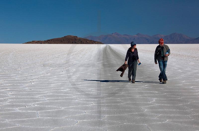 Hikers, Salar de Uyuni, Bolivia