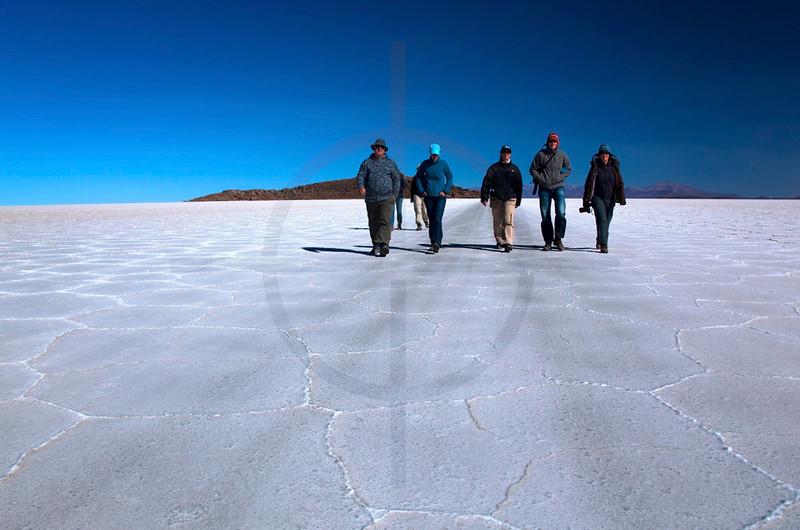 Walking on the salt lake, Salar de Uyuni, Potosí, Bolivia