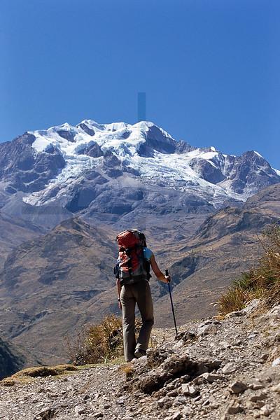 Trekking, Illampu Circuit, Cordillera Real near the village of Sorata, Bolivia