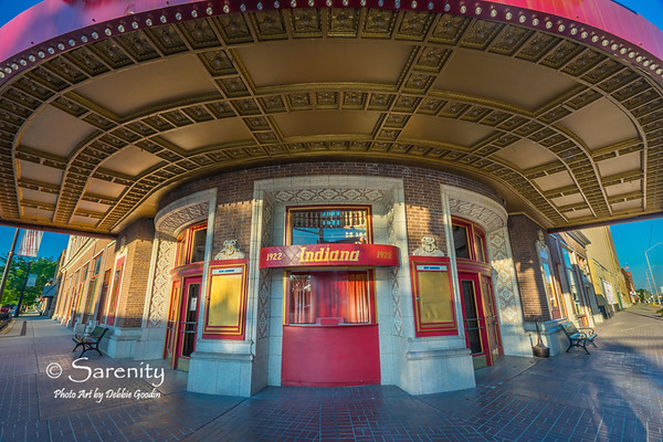 A Grand Entrance, Indiana Theatre