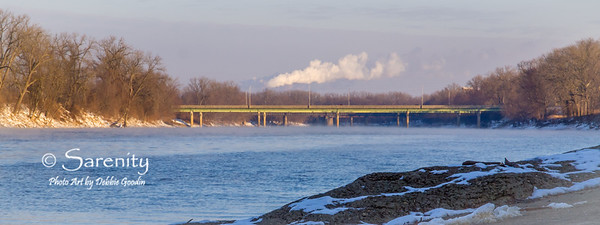 A Winter picture of the SR 40 bridge from the boat ramp in Fairbanks Park!