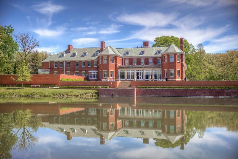 Robert Allerton Mansion