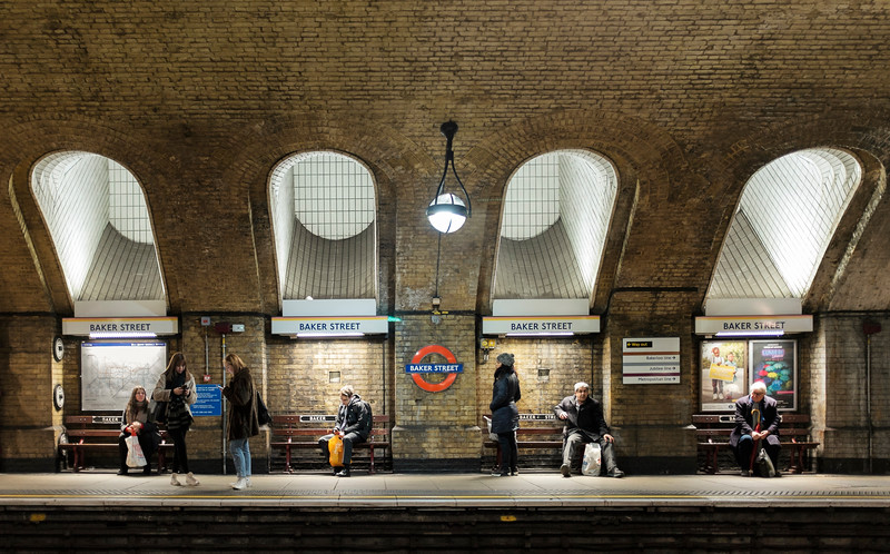 Baker Street: the oldest undergound station (1863)