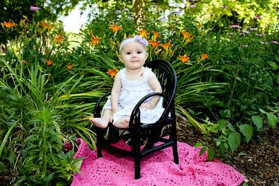 Charlotte 6th months-32