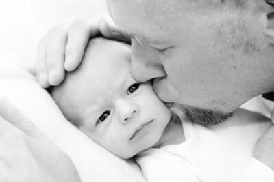Isaiah Newborn -10