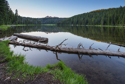 Peaceful Todd Lake, Central Oregon Cascades