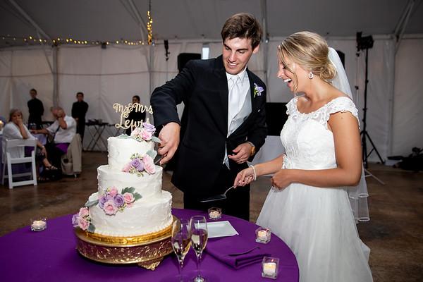 Lewis - Cake
