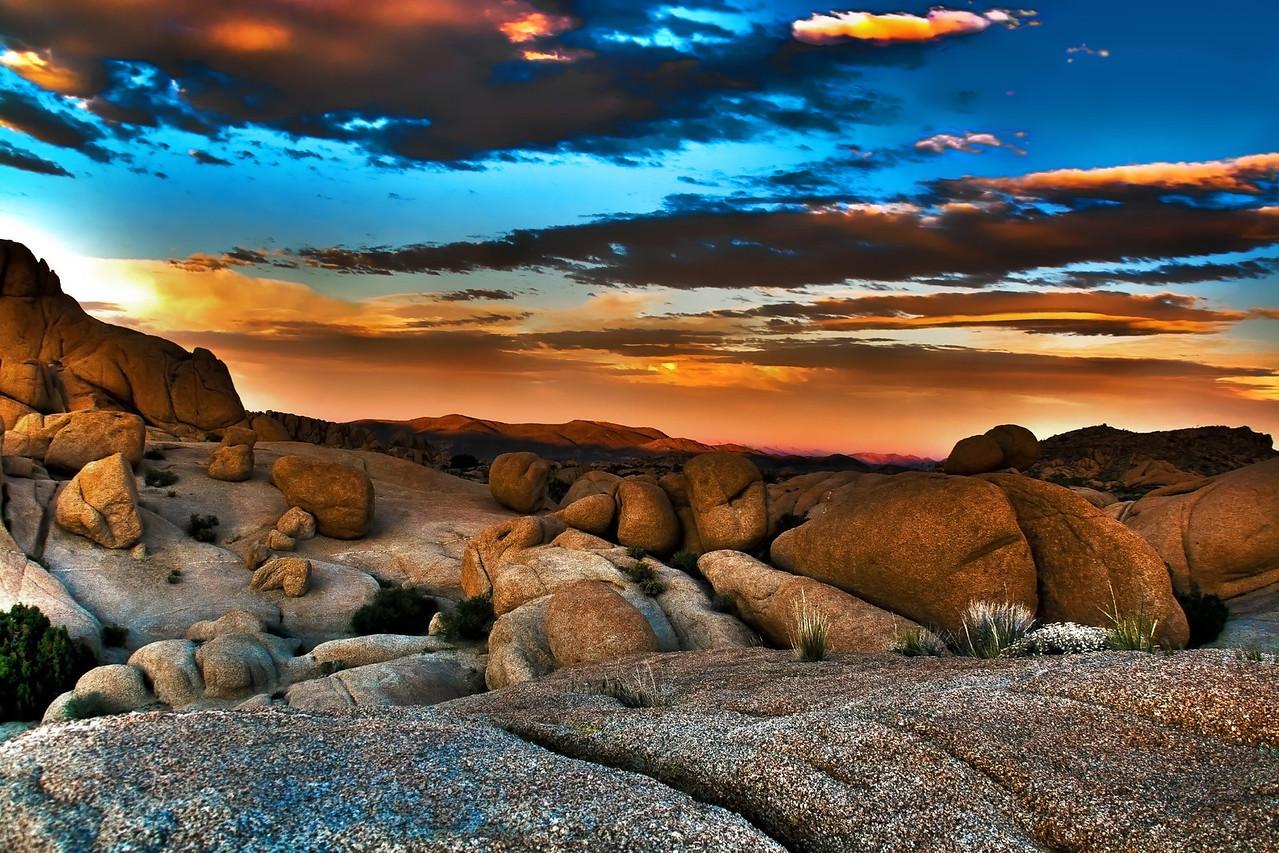 Sunset on the Rocks~<br /> <br /> Jumbo Rocks area of Joshua Tree National Park