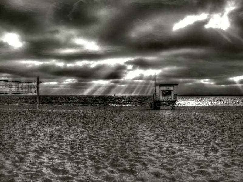 Redondo Beach Drama~<br /> <br /> Redondo Beach, Ca.