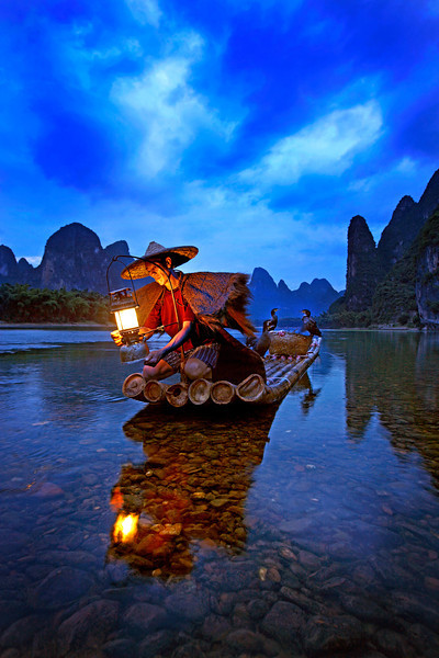 Cormorant Fisherman in the Lijang (Li) River. Xingping, Guilin p