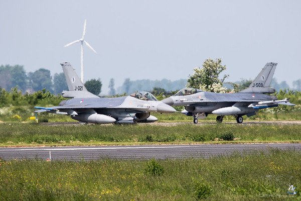 F-16AM Fighting Falcon - Serial: J-021 & J-509 - Unit: 322 Squadron - Operated by Royal Netherlands Air Force